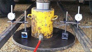 انجام آزمایش بارگذاری صفحه (plate Loading) خاک بستر تزریق شده پروژه طرح یوتیلیتی NGL جزیره خارک